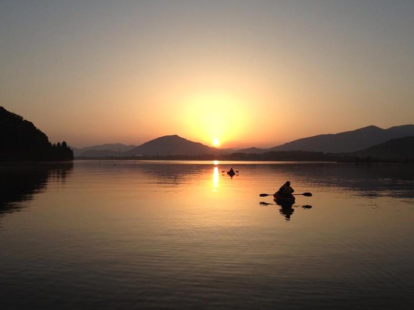 三方五湖(久々子湖)の夜明け