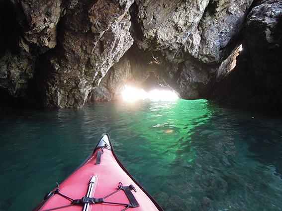 回想録・・・若狭湾の「青の洞窟」